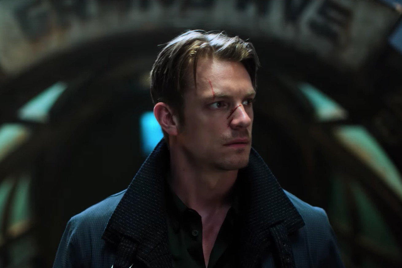 netflix goes big with a new trailer for cyberpunk murder mystery altered carbon