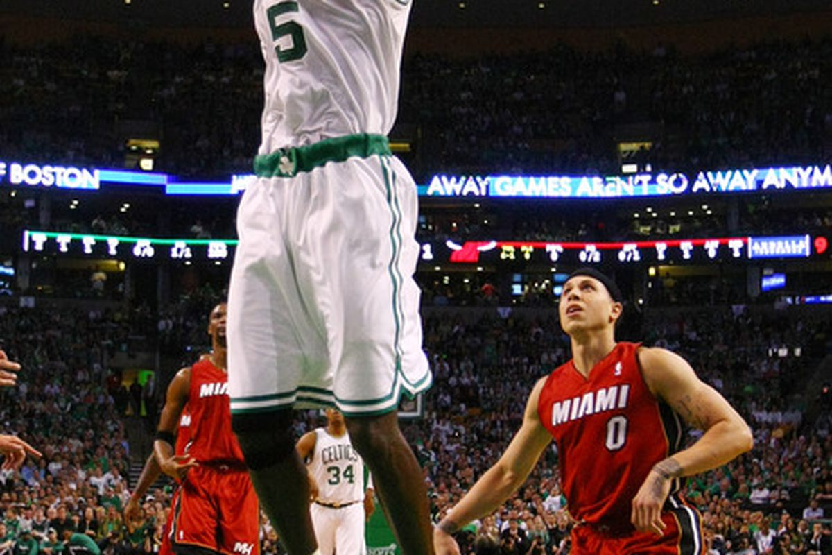 KG getting in on the offensive action