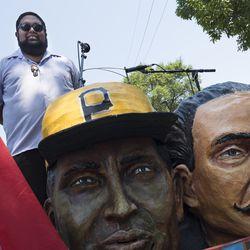 Ler— Mart'nez on the Segundo Ruiz Belvis Cultural Center float. | Rick Majewski/For the Sun-Times.