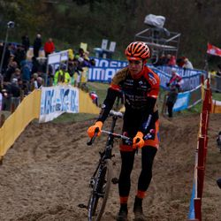 Wout Van Aert reconning the course