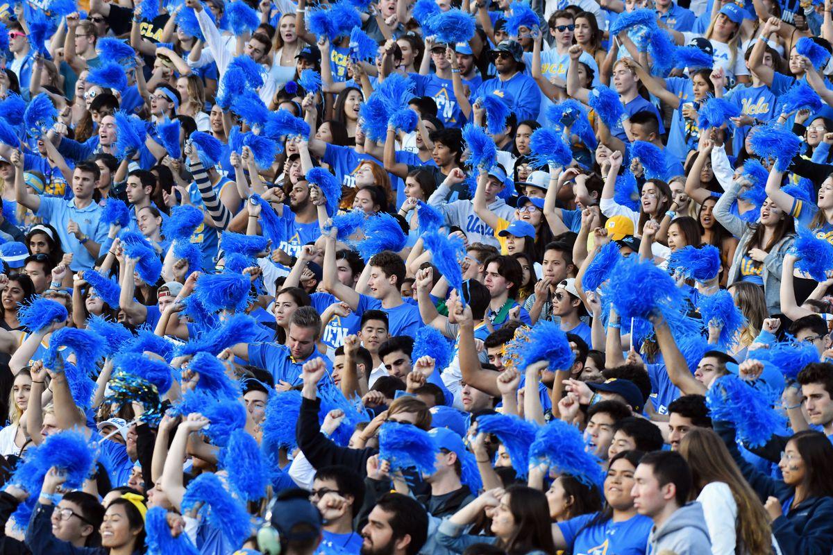 COLLEGE FOOTBALL: NOV 17 USC at UCLA