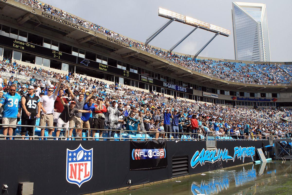 42fe6903 Dallas Cowboys @ Carolina Panthers weather delay - Blogging The Boys