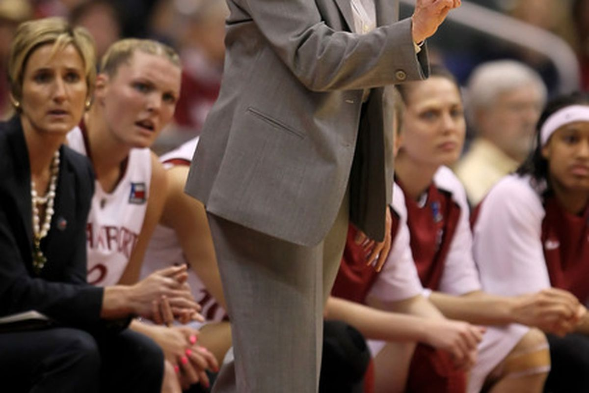 Stanford head coach Tara VanDerveer joined the 800-win club with a win against San Francisco on Wednesday.