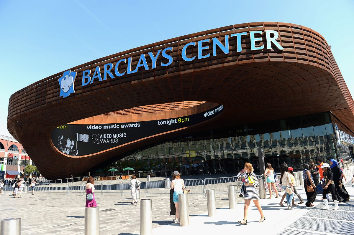 2013 MTV Video Music Awards - Outside The Barclays Center