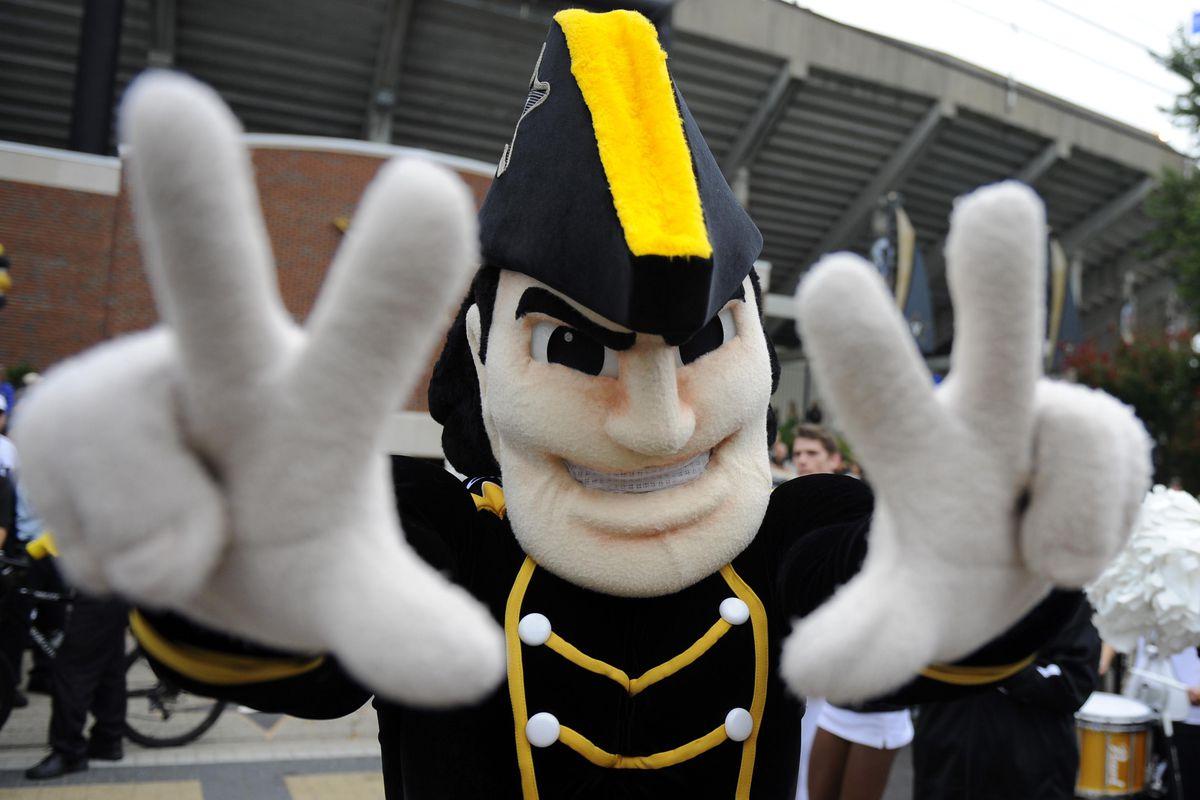 NCAA Football: Massachusetts at Vanderbilt