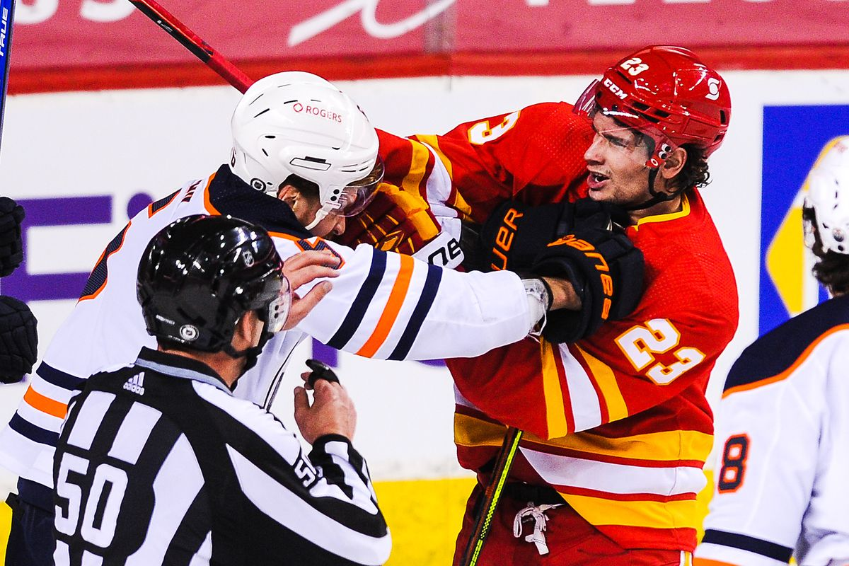 Edmonton Oilers v Calgary Flames