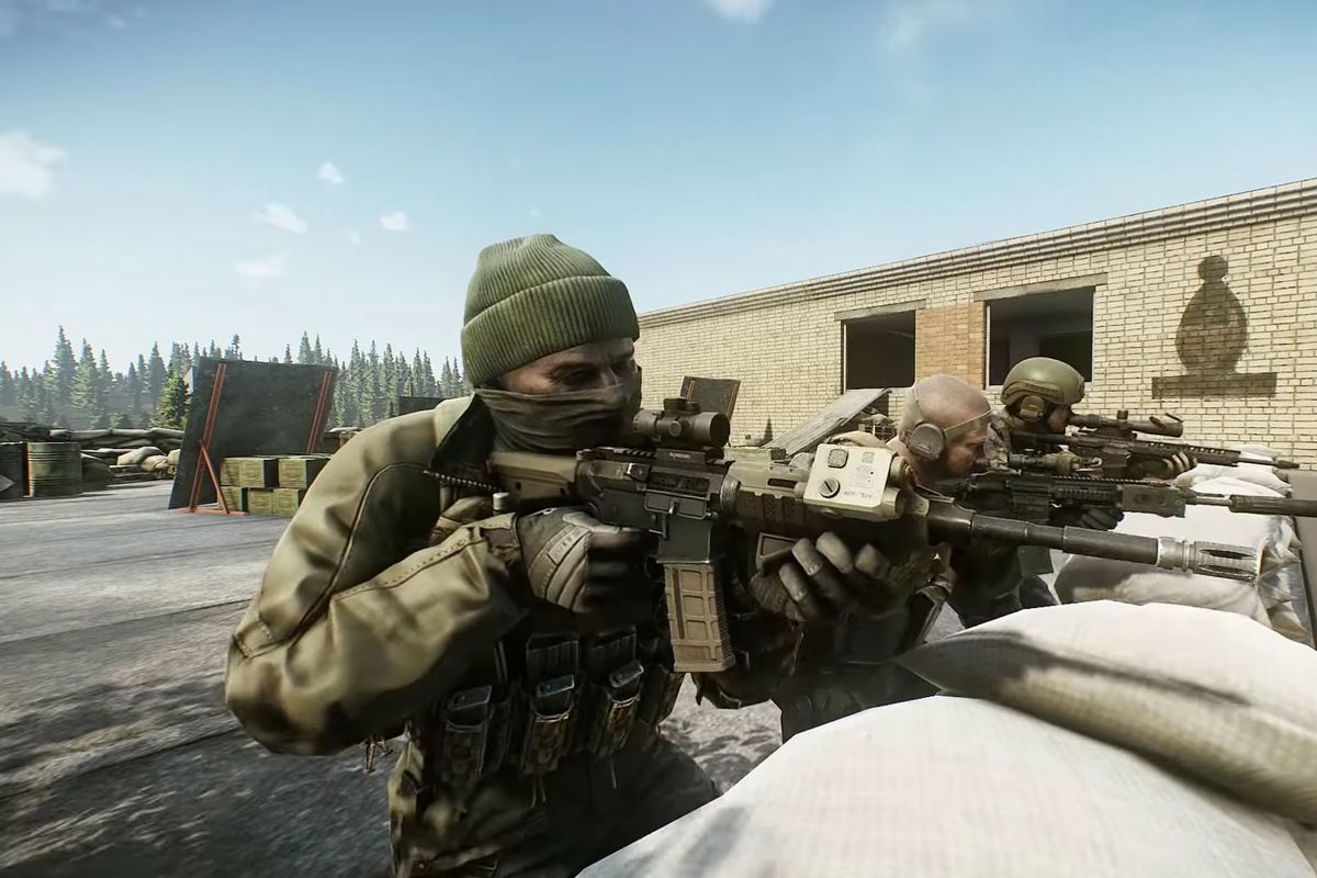 UEC units, based on a multi-national UN force, take a firing position on a rooftop in Escape From Tarkov.