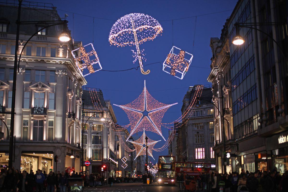 London's Christmas Retail Rush Begins