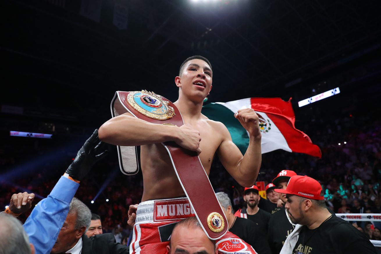 1142541942.jpg.0 - Munguia receives offer for Canelo fight