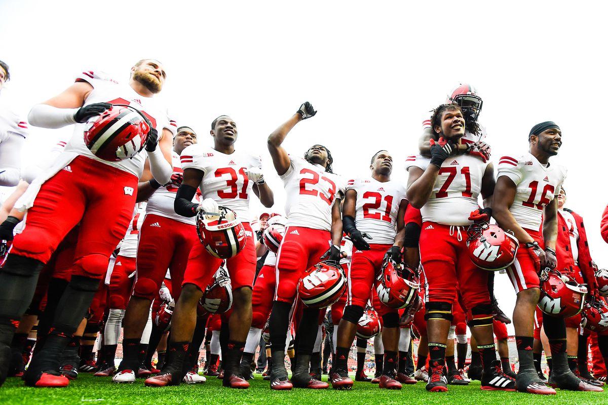 finest selection 25a55 bc1fb Wisconsin vs. Rutgers: Melvin Gordon, Corey Clement, Badgers ...