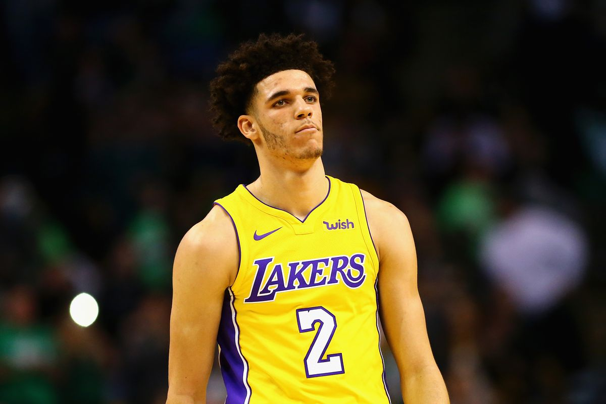 a3d20a9c Lonzo Ball can't make a shot. How much should Lakers fans be worried ...