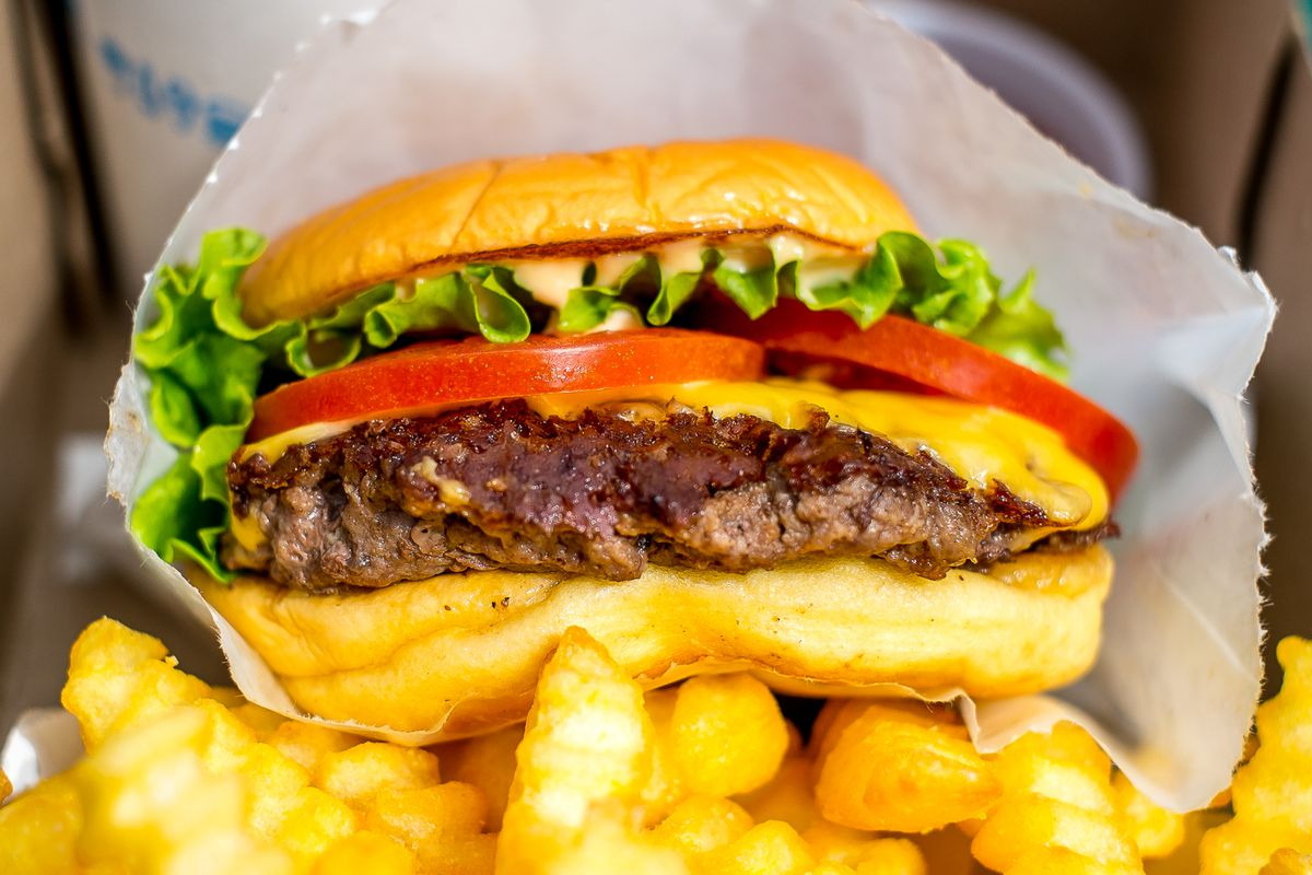 in n out chain of burger food restaurants Nutritional information for fast-food chains & restaurants find more nutritional information in calorieking's 50,000-food database.