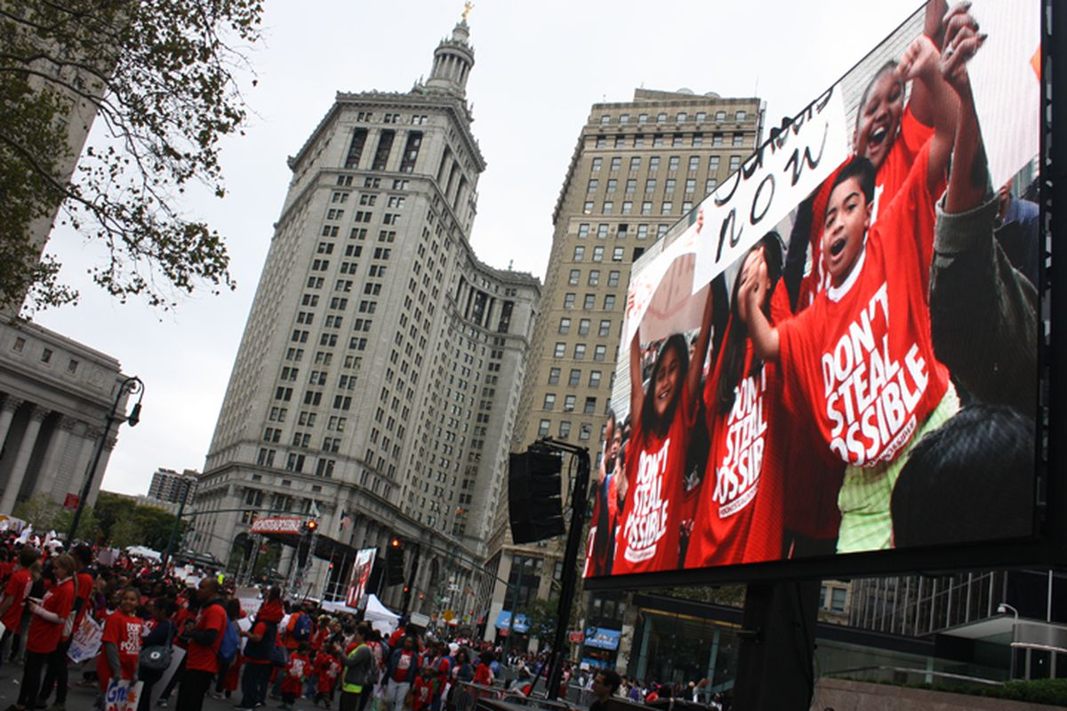 Families for Excellent Schools organized a rally in Foley Square in Manhattan that drew thousands of charter school students and parents.