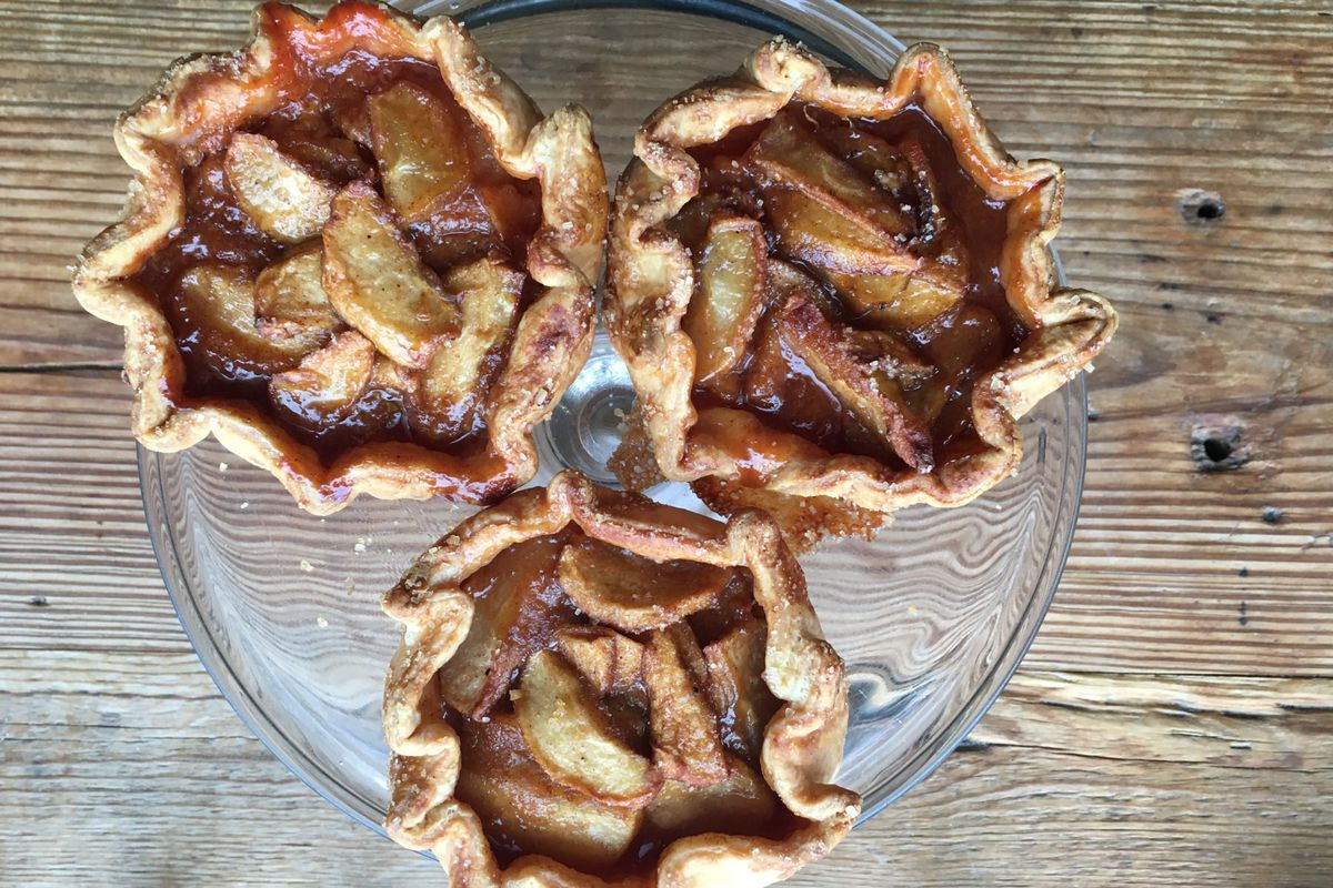 Apple and persimmon pies from Tiny Pies