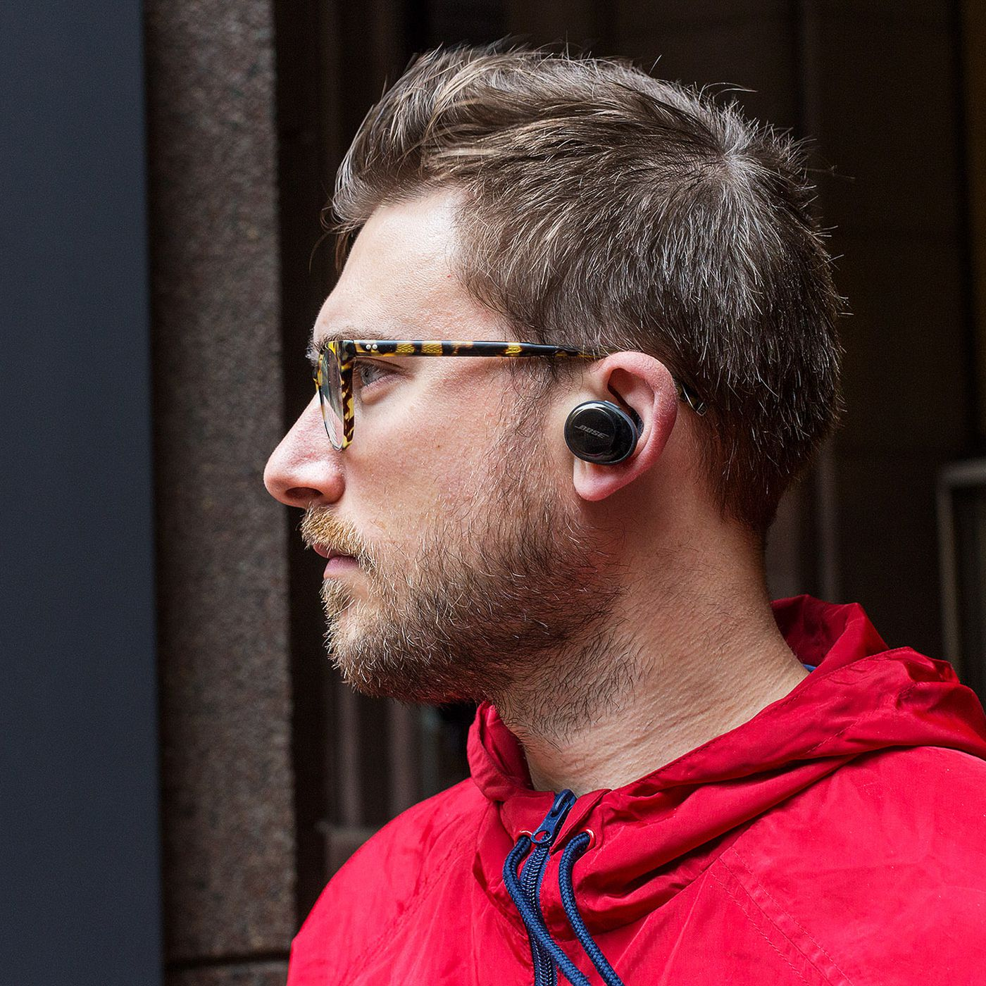 Bose Soundsport Free Review Truly Wireless Earbuds Never Sounded So Good The Verge