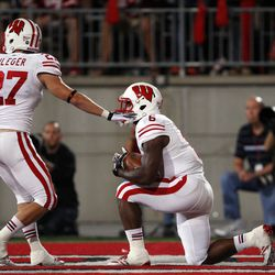 The Badgers take a touchback.