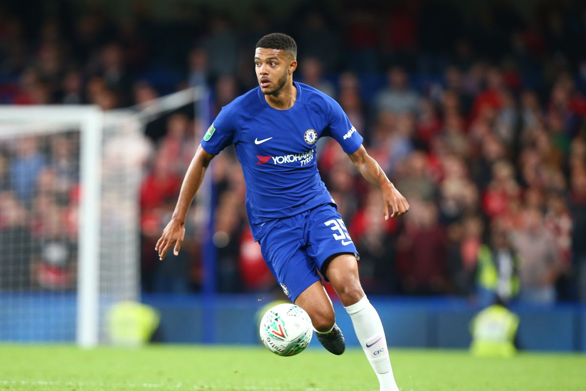 Sunderland closing deal for Chelsea defender Jake Clarke-Salter