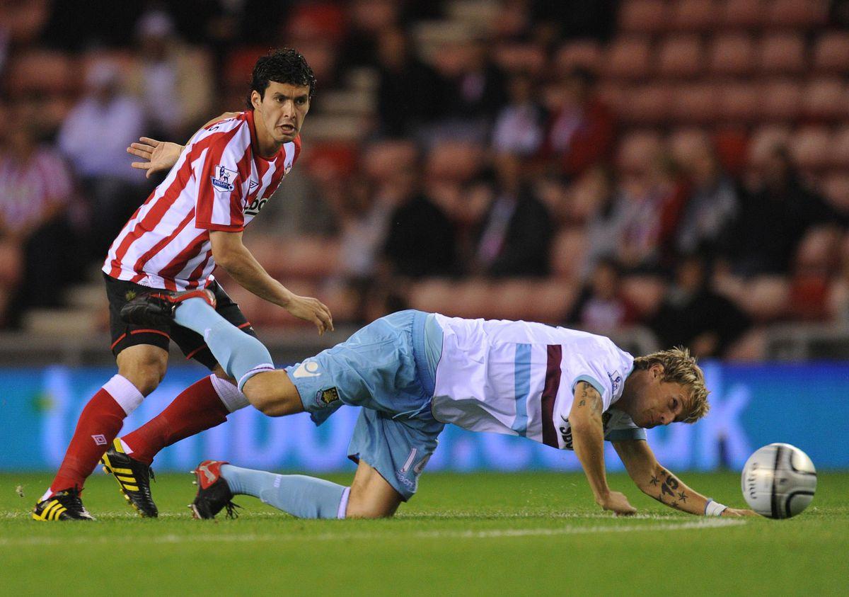 Soccer - Carling Cup - Third Round - Sunderland v West Ham United - Stadium Of Light