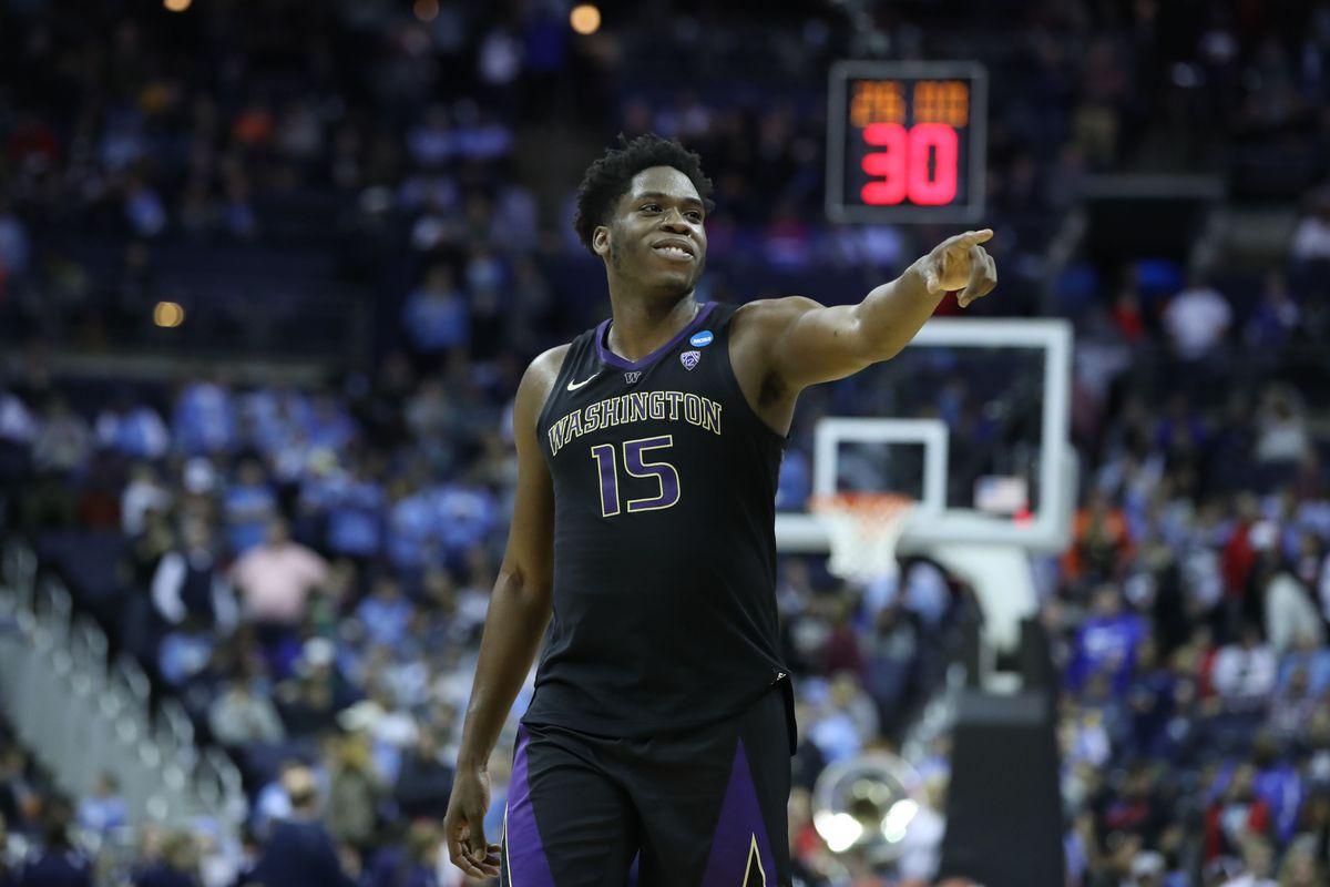 NCAA Basketball: NCAA Tournament-the Washington Huskies vs the Utah State Aggies