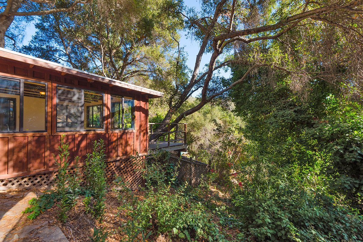 tiny topanga retreat looking for a buyer for 595k curbed la
