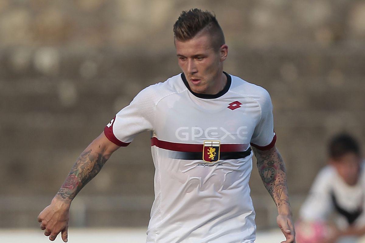 Juraj Kucka has joined Milan from Genoa on a permanent transfer.