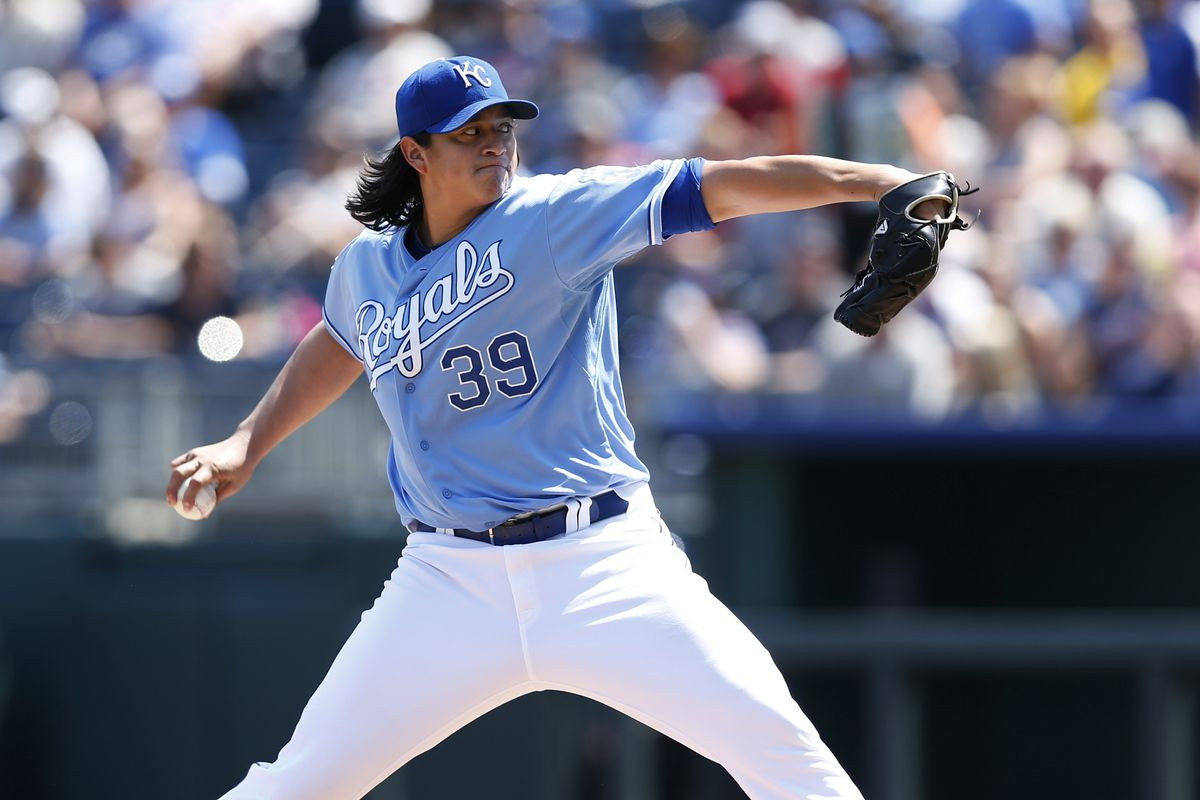 KANSAS CITY, MO - SEPTEMBER 2: Luis Mendoza #39 of the Kansas City Royals pitches against the Minnesota Twins during the game at Kauffman Stadium on September 2, 2012 in Kansas City, Missouri. (Photo by Joe Robbins/Getty Images)