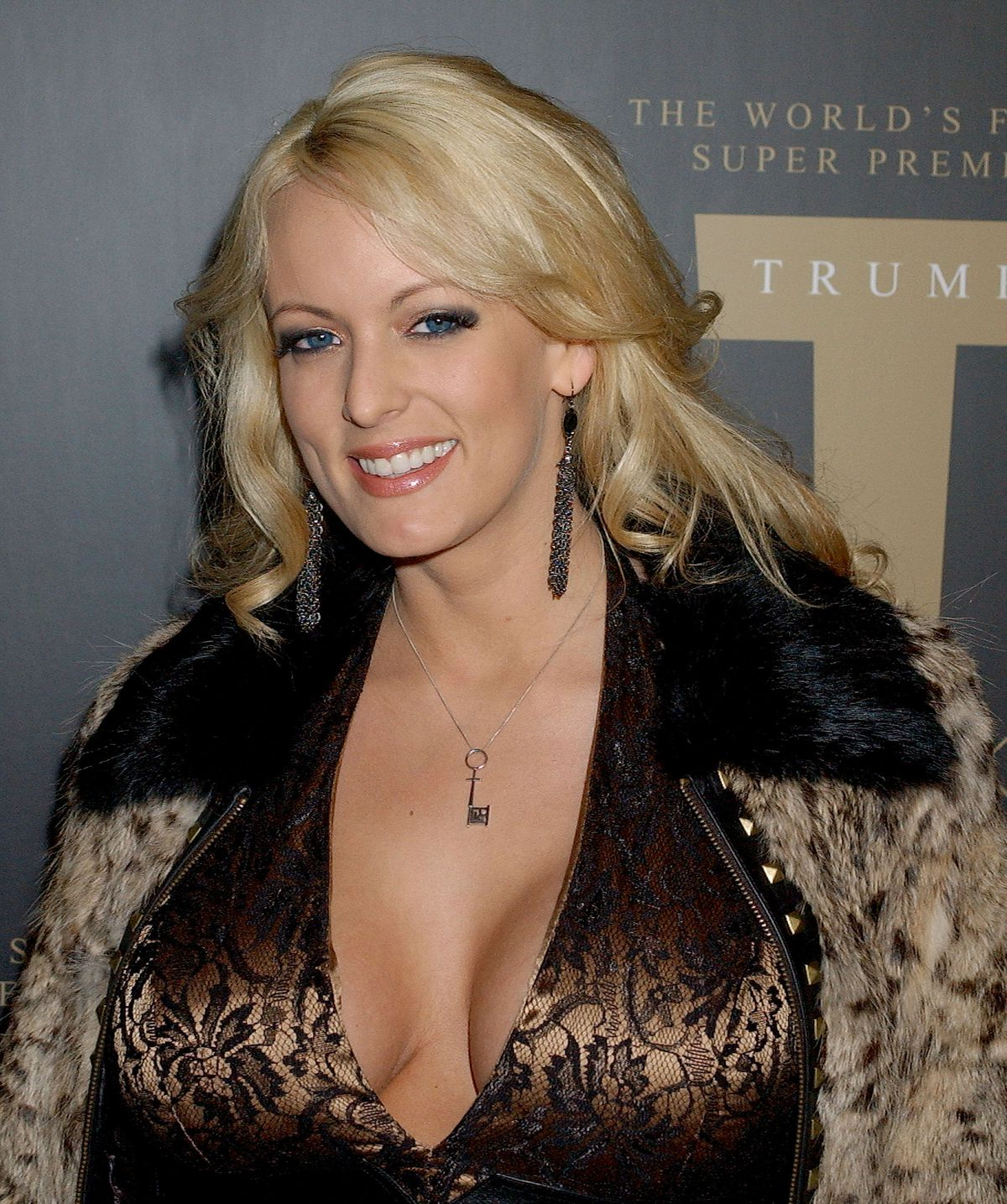 Stormy Daniels Donald Trumps Porn Actress Lawsuit -3277