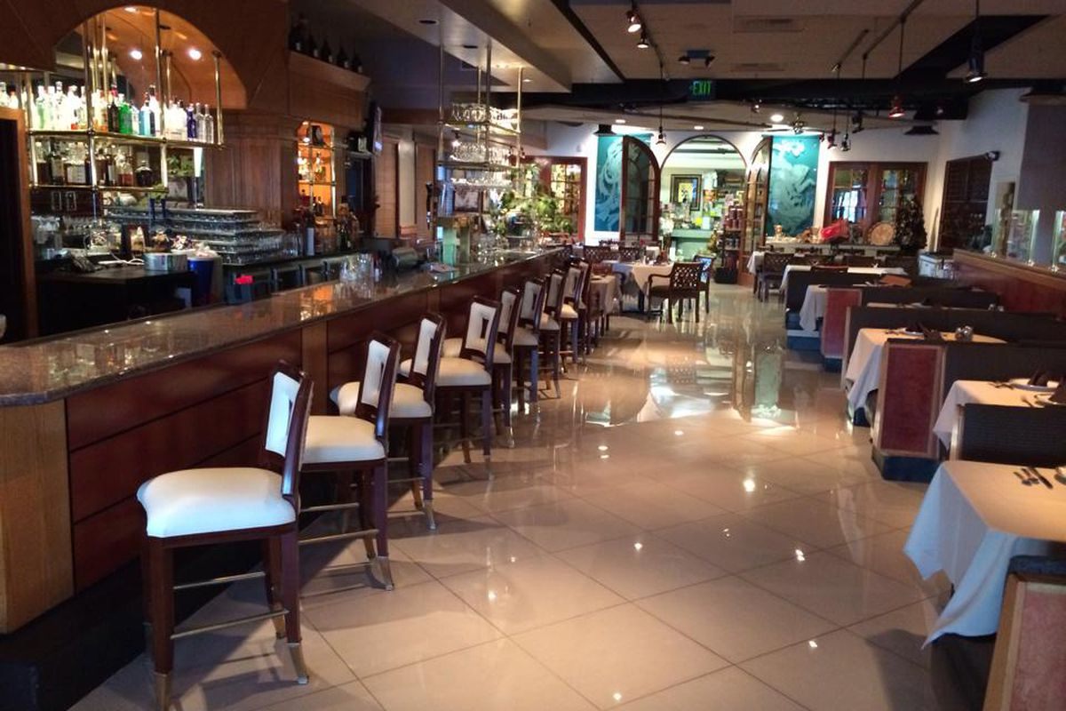 Habib S Persian Restaurant Switches Owners Eater Vegas