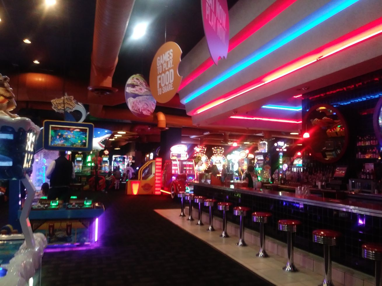 Dave & Buster's Gold Coast