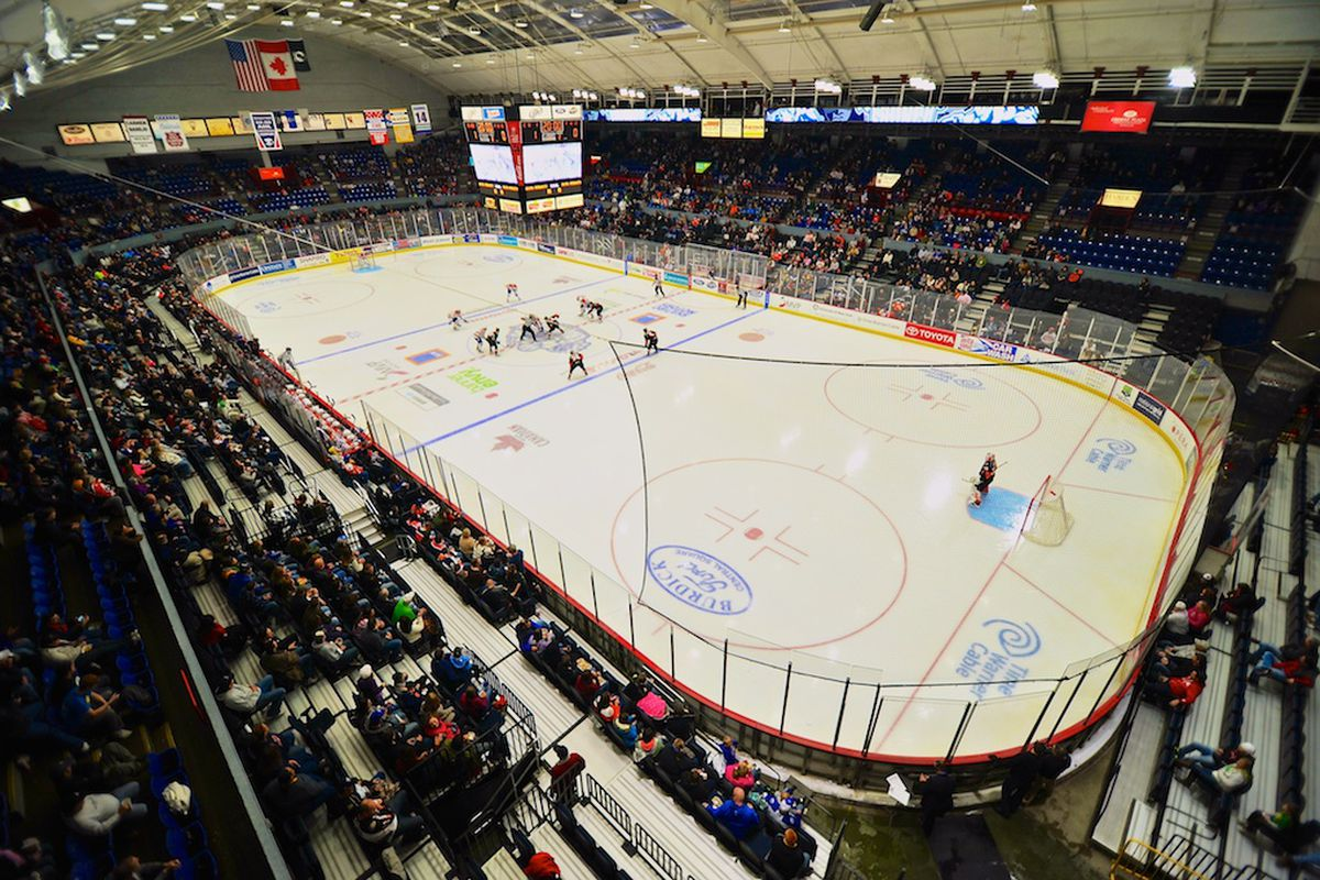 The Syracuse Crunch's home rink -- The War Memorial