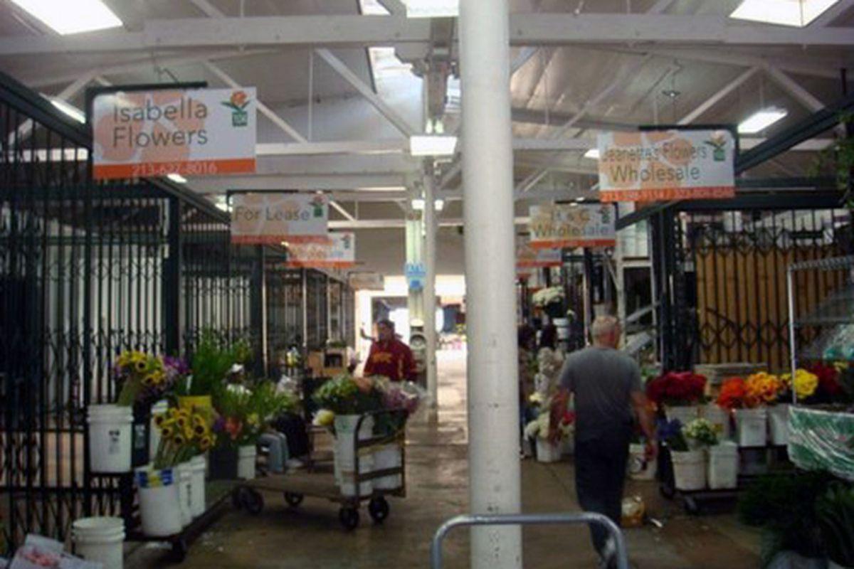 "The California Flower Mall. Photo via <a href=""http://www.yelp.com/biz_photos/q02evaITXoaiJUoghIgkIg?select=QlddzmsPj5dCf1_1vffAVQ"">Yelp</a>."