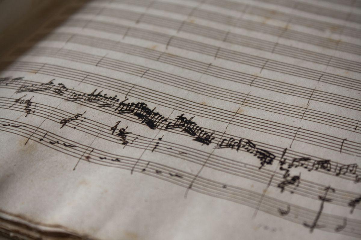musical-score-stephane-moussie-flickr