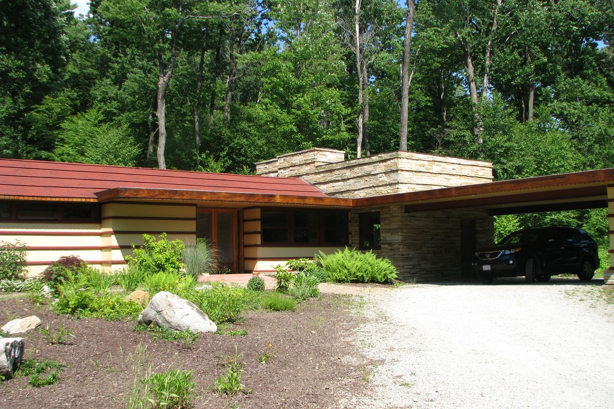 Rent a frank lloyd wright home at polymath park resort in - Frank lloyd wright houses for sale ...