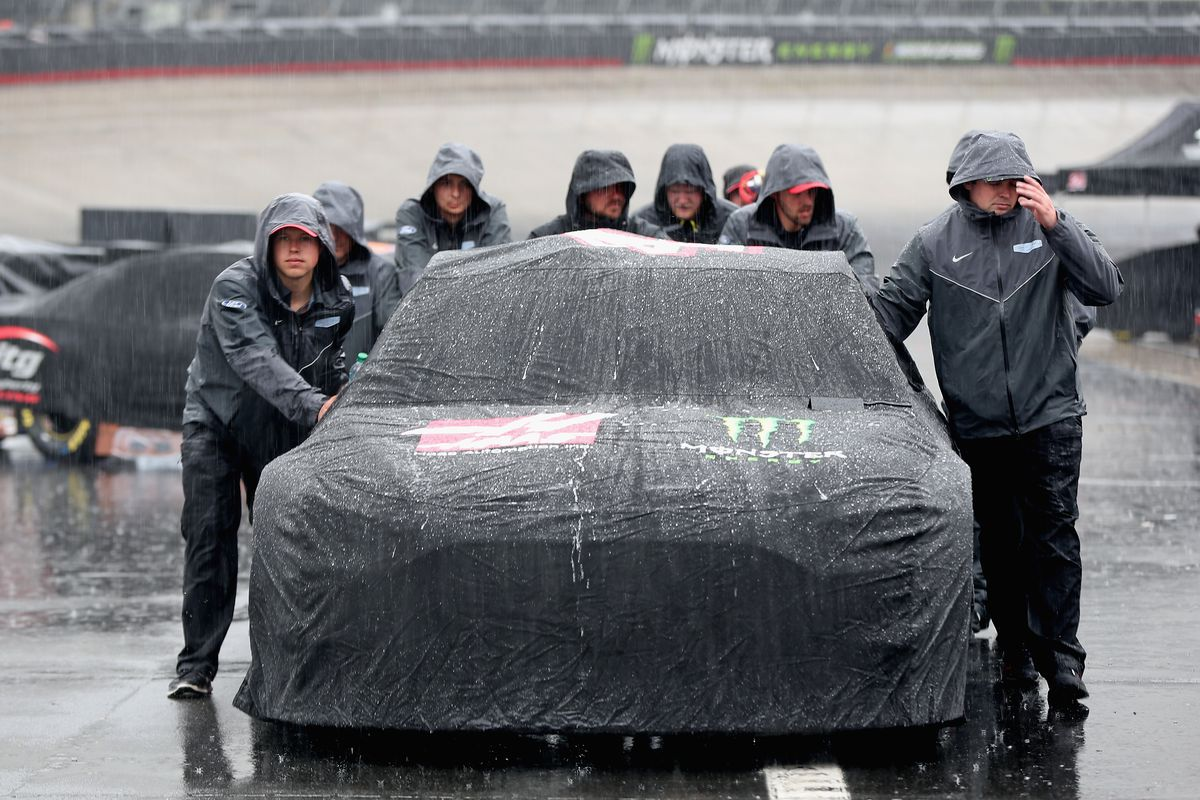 Rains Force Postponement Of Bristol Cup Race
