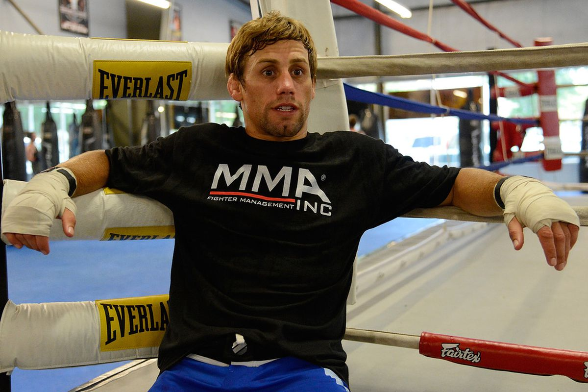 Urijah Faber relaxing after working out for the media during the Team Alpha Male Media Open Workout at Ultimate Fitness Gym on June 26, 2012 in Sacramento, California.  (Photo by Thearon W. Henderson/Getty Images)