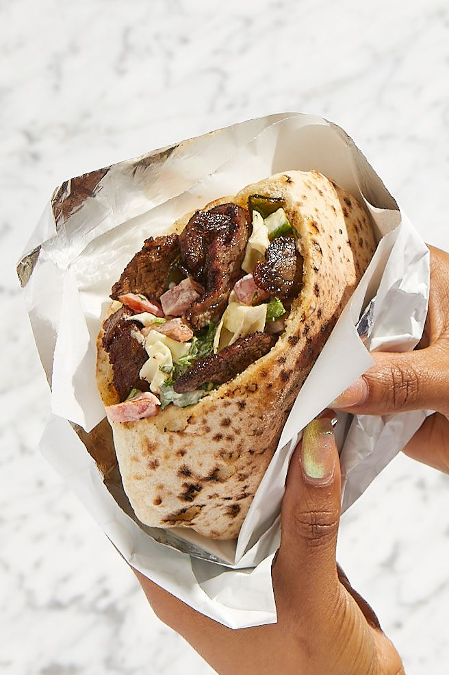 pita sandwich with lamb