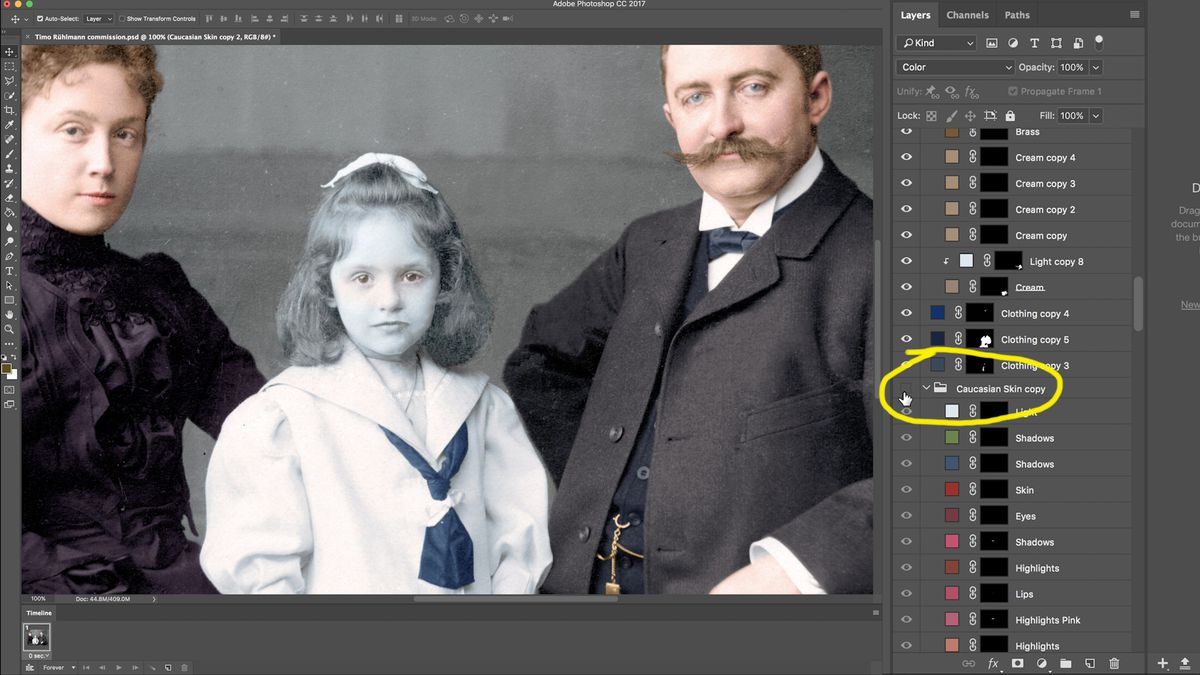How obsessive artists colorize old photos - Vox