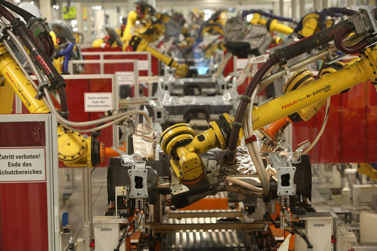 The U.S., Canada and Mexico are buying more job-killing robots than ever before