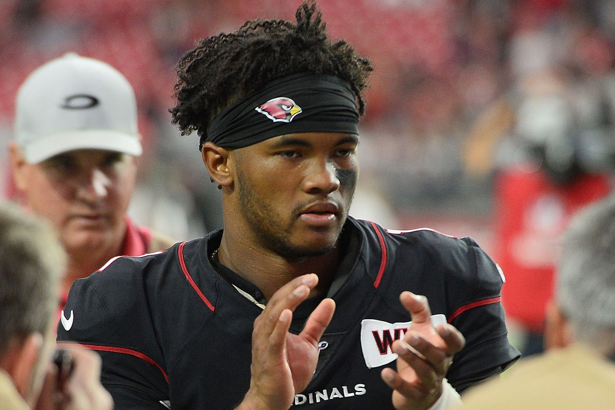 Arizona Cardinals quarterback Kyler Murray leaves the field after the second half against the Atlanta Falcons at State Farm Stadium.