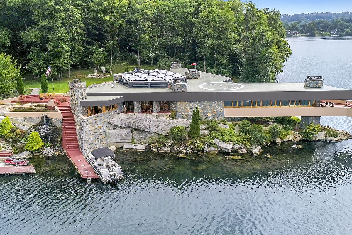 Frank Lloyd Wright Inspired Home On Private Island Wants
