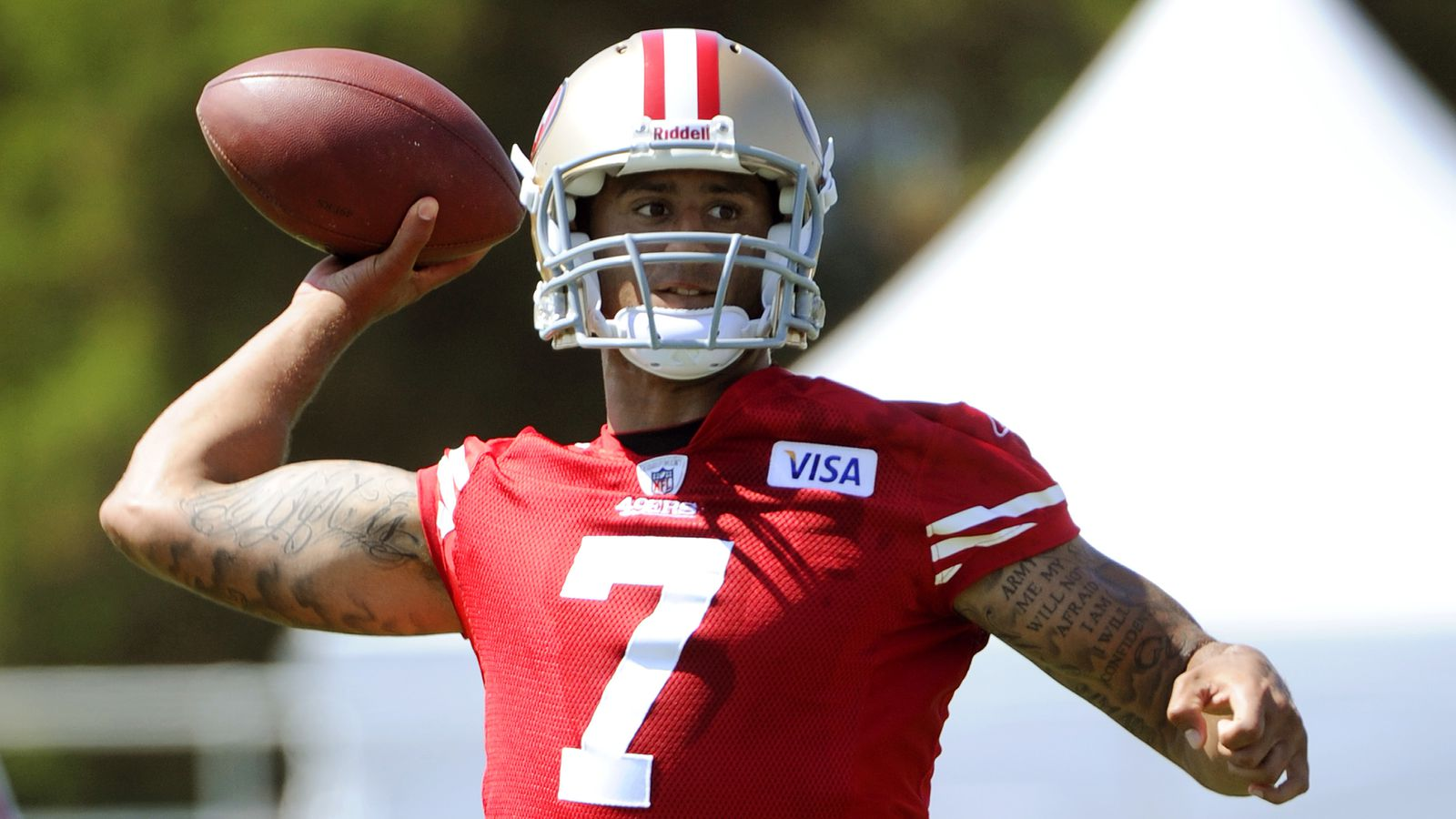 49ers official: Colin Kaepernick will play under Chip ...