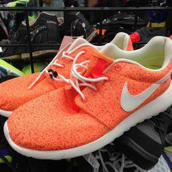 Nike Roshes $34.95