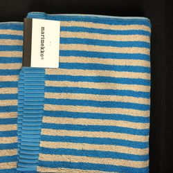 Hand towel, $10 (from $29)