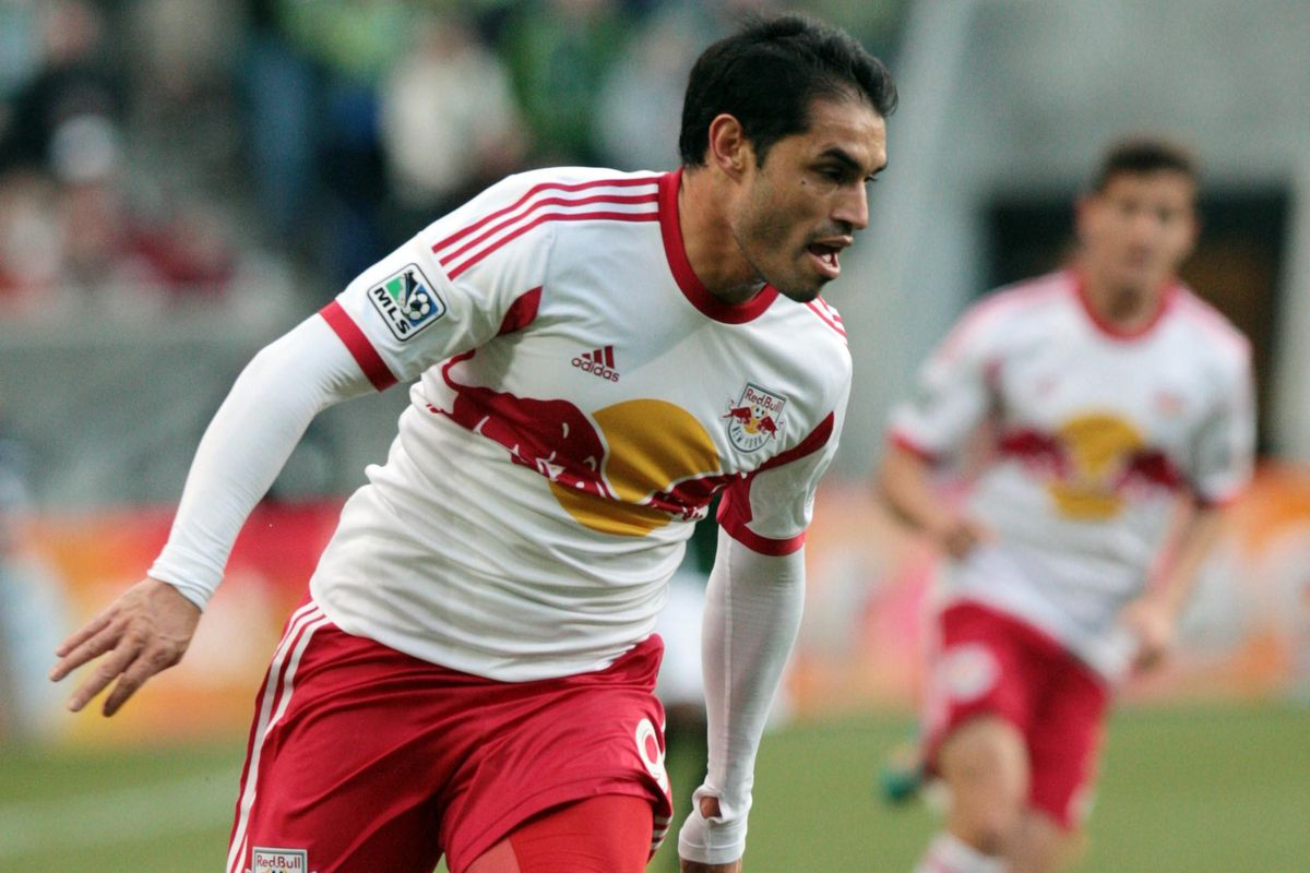Fabian Espindola is among the players available.