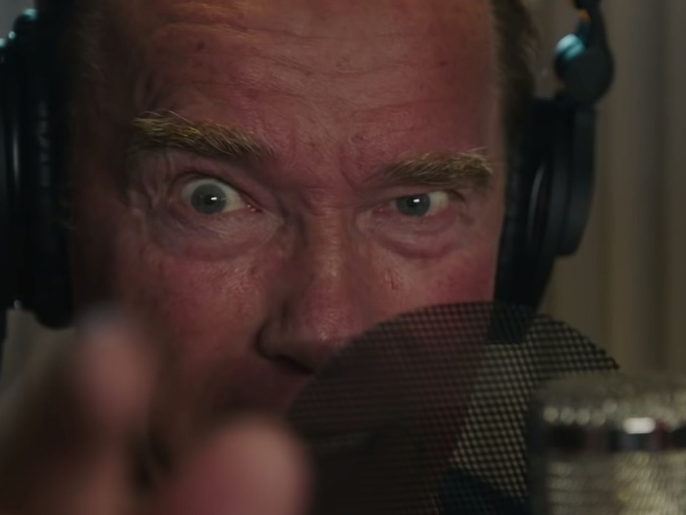 Arnold Schwarzenegger Is Back This Time With Inspiring