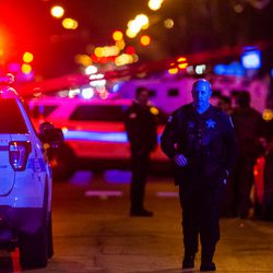 Chicago Police and SWAT teams respond to a man who implied he had a gun, Saturday night, in the 2400 block of Bryn Mawr, in the Arcadia Terrace neighborhood.   Tyler LaRiviere/Sun-Times