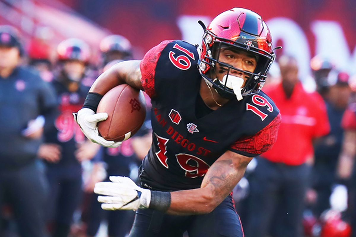 Donnel Pumphrey 2 All Time Ncaa Rushing Leader And Grappling For