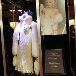 The star had Michael Jackson on her arm when she donned this gown to the 1991 Oscars.