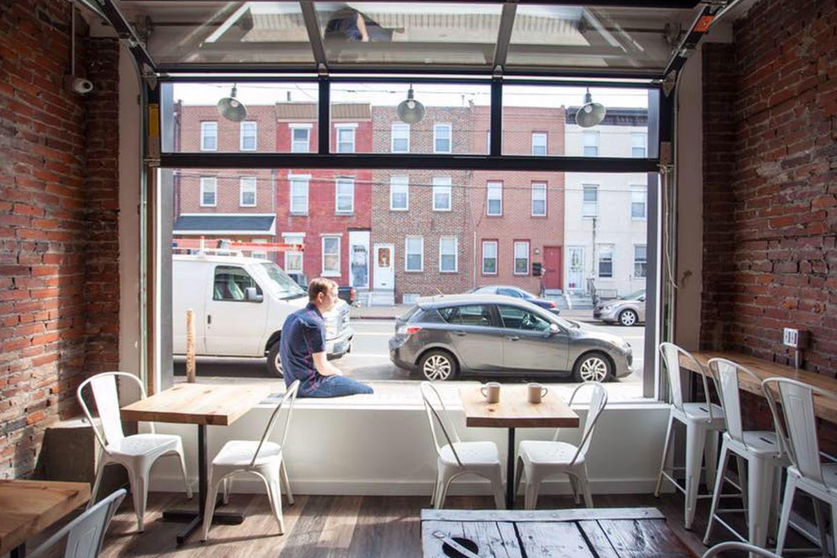 River Wards Cafe - 3118 Richmond Street