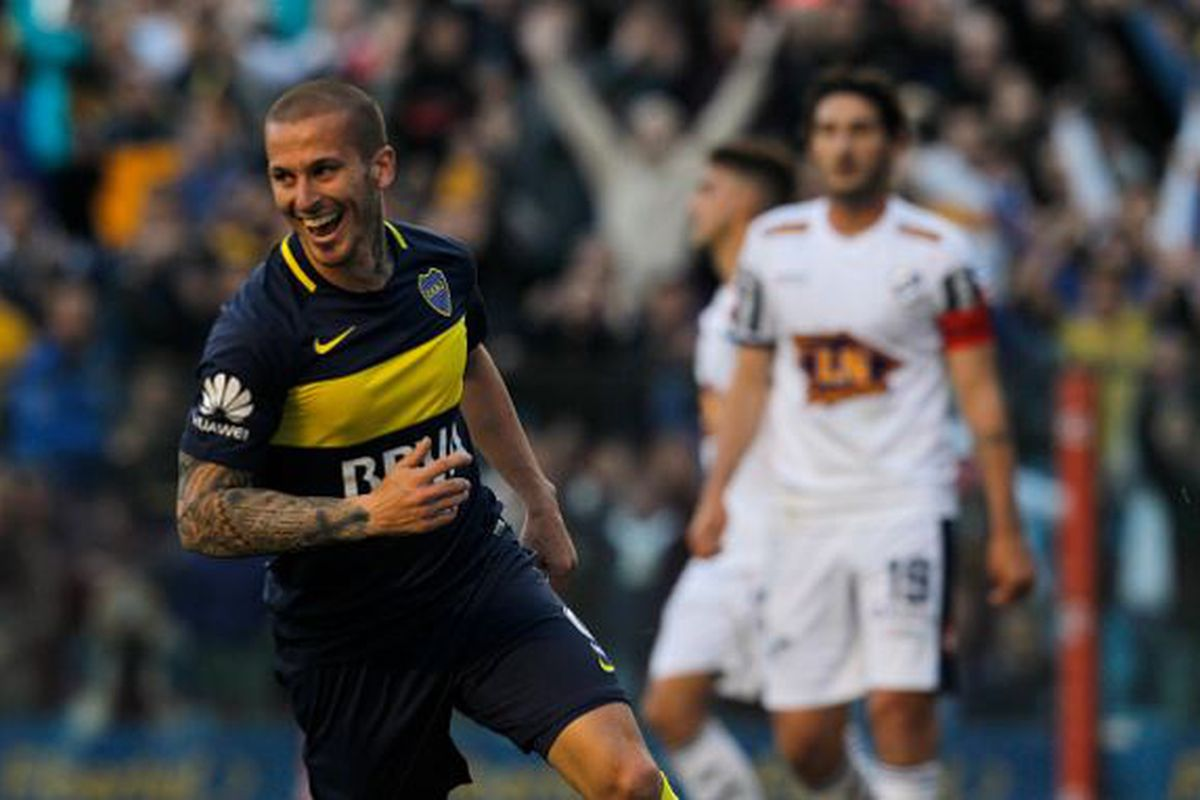 best sneakers aa034 080d8 Dario Benedetto spurns MLS offer, staying at Boca Juniors ...